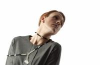 Lang som et ondt år. Helle Bjerrum, Foto Dorte Krogh, model Medde Lykke Vognsen